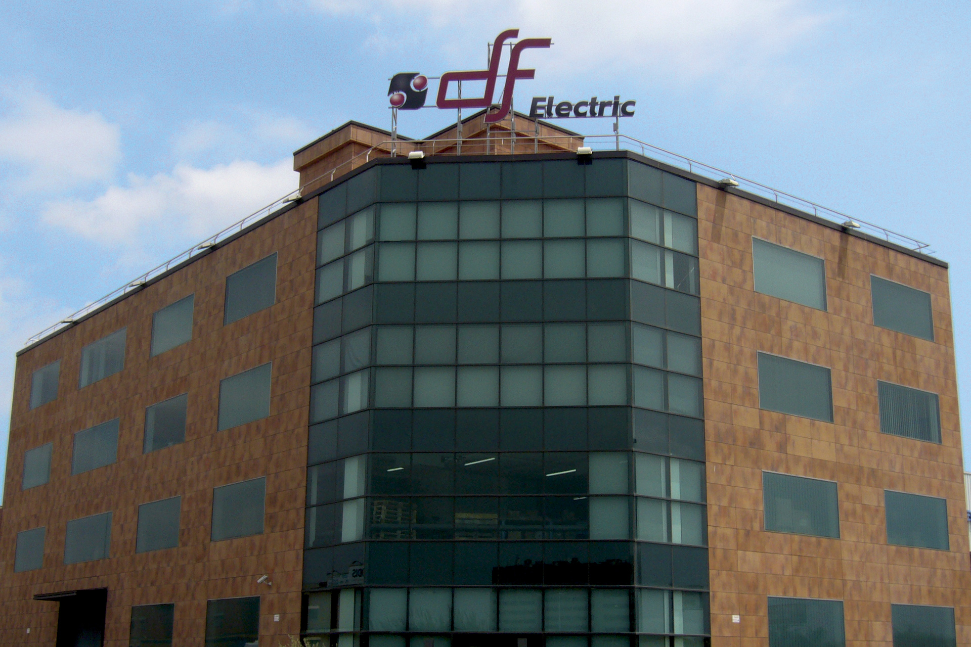 offices-and-factory-dfelectric